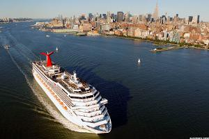 carnival-cruise-boat-aerial-view_300x200